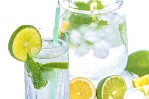 12 Amazing Benefits of Soda Water